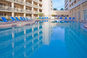 Pool - Crowne Plaza Hotel Oceanfront Indialantic