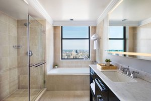 Room - Ritz-Carlton Hotel Philadelphia