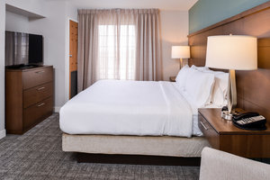 Room - Staybridge Suites City Center Indianapolis