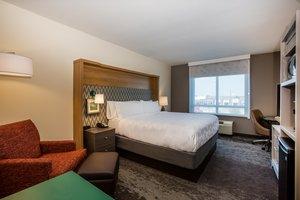 Room - Holiday Inn Airport Gulfport