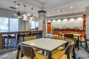 Restaurant - Fairfield Inn & Suites by Marriott Holiday
