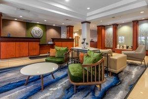 Lobby - Fairfield Inn & Suites by Marriott Holiday