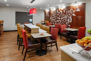 Restaurant - TownePlace Suites by Marriott Plano