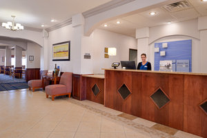 Lobby - Holiday Inn Express Hotel & Suites Alamosa