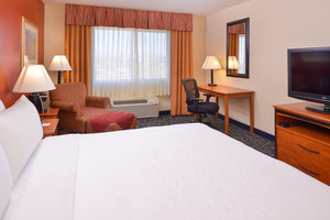 Room - Holiday Inn Express Hotel & Suites Alamosa