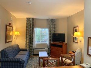 Room - Candlewood Suites Hot Springs