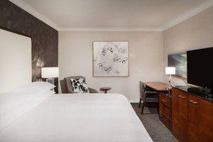 Suite - Marriott Hotel Omaha