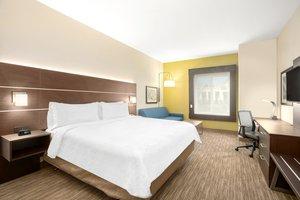 Room - Holiday Inn Express Hotel & Suites Marysville