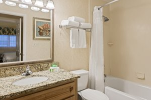 Room - Holiday Inn Hotel & Suites Indian Rocks Beach