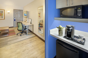 Room - Holiday Inn Express Hotel & Suites Maingate East Kissimmee