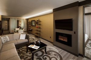 Suite - Metropolitan at the 9 Hotel Cleveland
