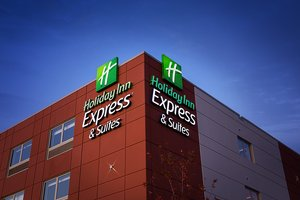 Exterior view - Holiday Inn Express Hotel & Suites Dartmouth