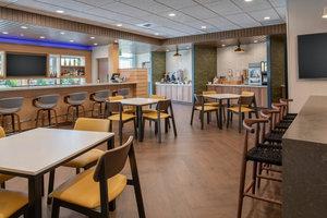 Restaurant - Fairfield Inn & Suites by Marriott East Wenatchee