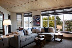 Suite - Kimpton RiverPlace Hotel Portland