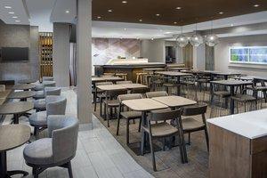 Restaurant - SpringHill Suites by Marriott Windsor