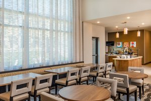 Restaurant - Staybridge Suites Charlottesville