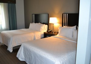 Room - Holiday Inn Express Hotel & Suites Selinsgrove