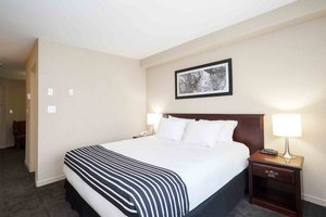 Suite - Sandman Inn Quesnel