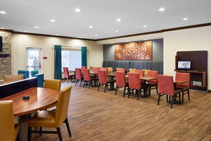 Restaurant - TownePlace Suites by Marriott Midland