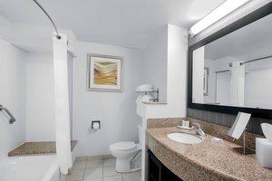 Room - Courtyard by Marriott Hotel Northeast Jacksonville