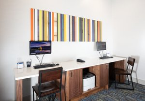 proam - Holiday Inn Express Hotel & Suites Grande Prairie