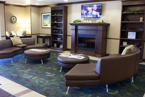 Lobby - Candlewood Suites Austintown