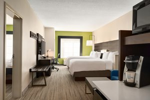 Suite - Holiday Inn Express Hotel & Suites McAlester