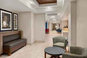 Lobby - Holiday Inn Express Hotel & Suites McAlester