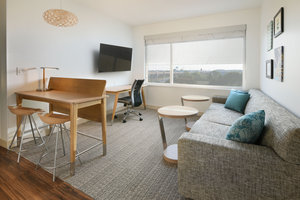 Suite - Element Hotel Round Rock