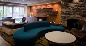 Lobby - Runway Inn & Suites New Orleans Airport Kenner