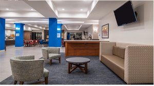 Lobby - Holiday Inn Express Hotel & Suites LaPlace