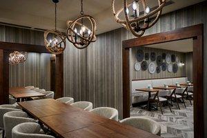 Restaurant - Delta Hotel by Marriott Mississauga