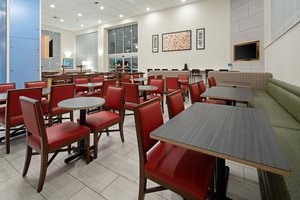 Restaurant - Holiday Inn Express Hotel & Suites Airport SeaTac