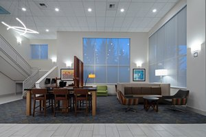 Lobby - Holiday Inn Express Hotel & Suites Airport SeaTac