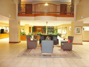 Lobby - Arlington Inn & Suites