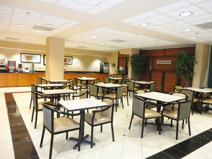 Restaurant - Arlington Inn & Suites