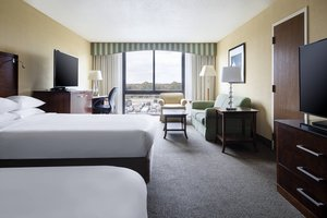 Suite - Marriott Hotel Hobby Airport Houston