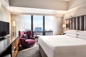 Suite - Sheraton Hotel Downtown Los Angeles