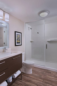 - TownePlace Suites by Marriott Lakeland
