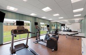 Fitness/ Exercise Room - Holiday Inn Express Lake Park