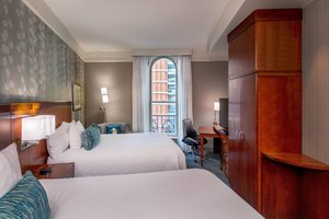 Suite - Courtyard by Marriott Hotel Copley Square Boston