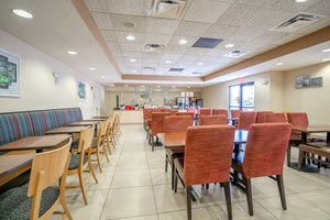 Restaurant - TownePlace Suites by Marriott Rochester