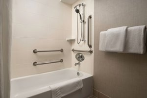 - Residence Inn by Marriott Lynnwood