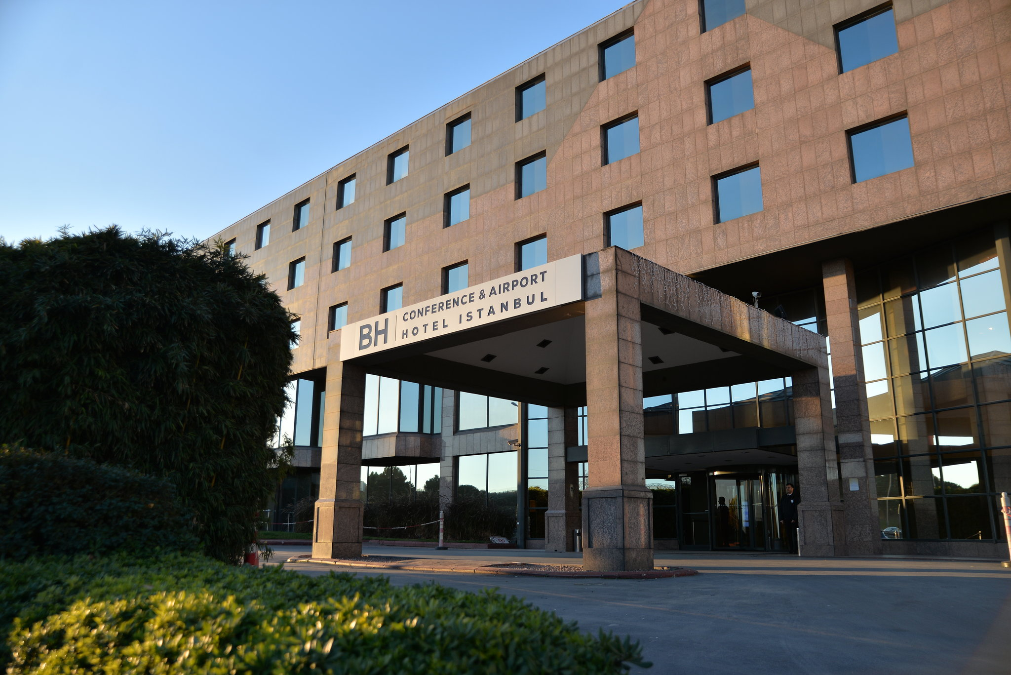 Bh Conference Airport Hotel