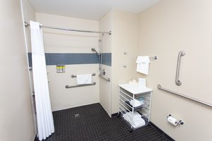 - Staybridge Suites Bowling Green