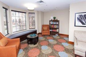 Lobby - Staybridge Suites Bowling Green