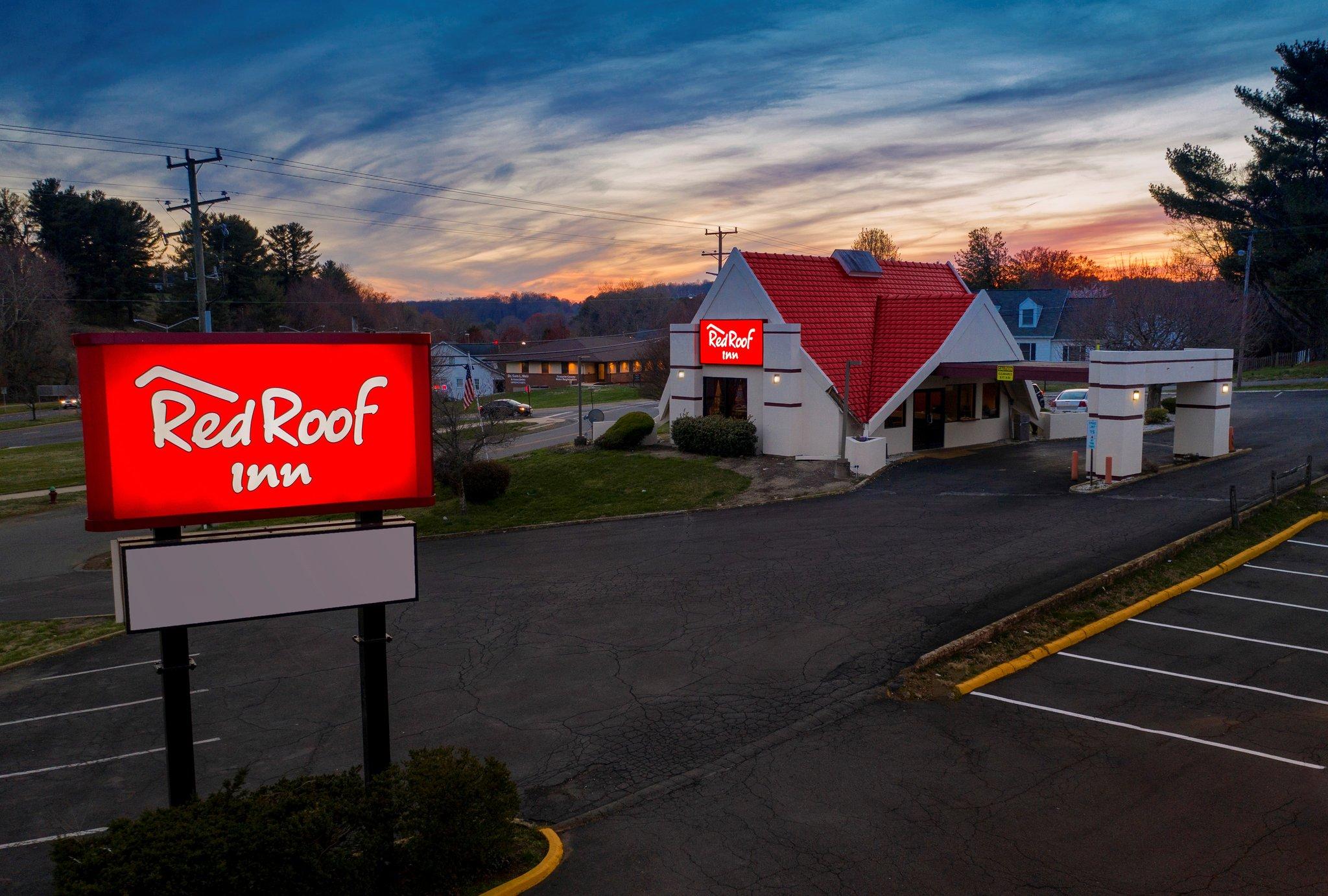 Red Roof Warrenton