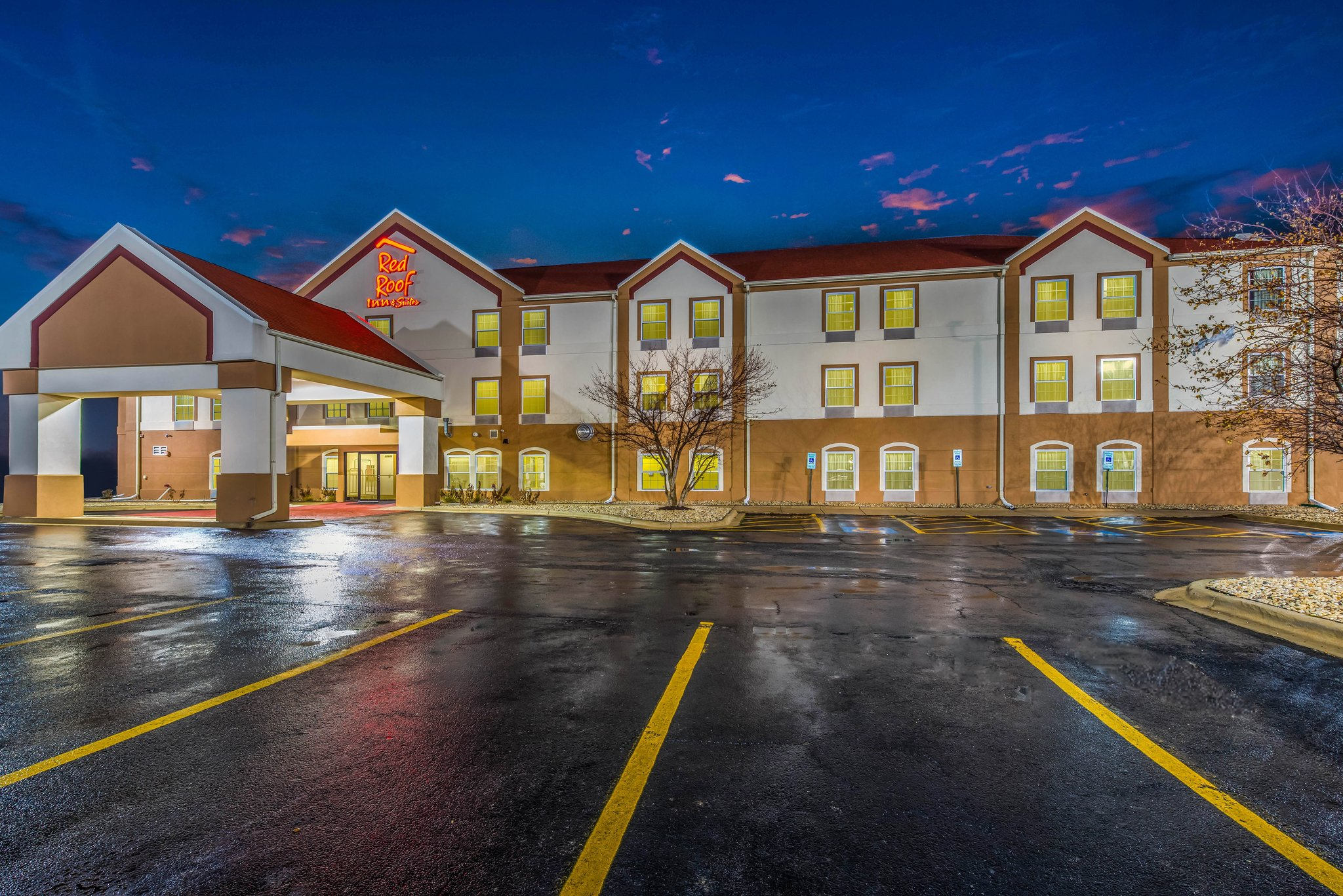 Red Roof Inn and Suites Monee