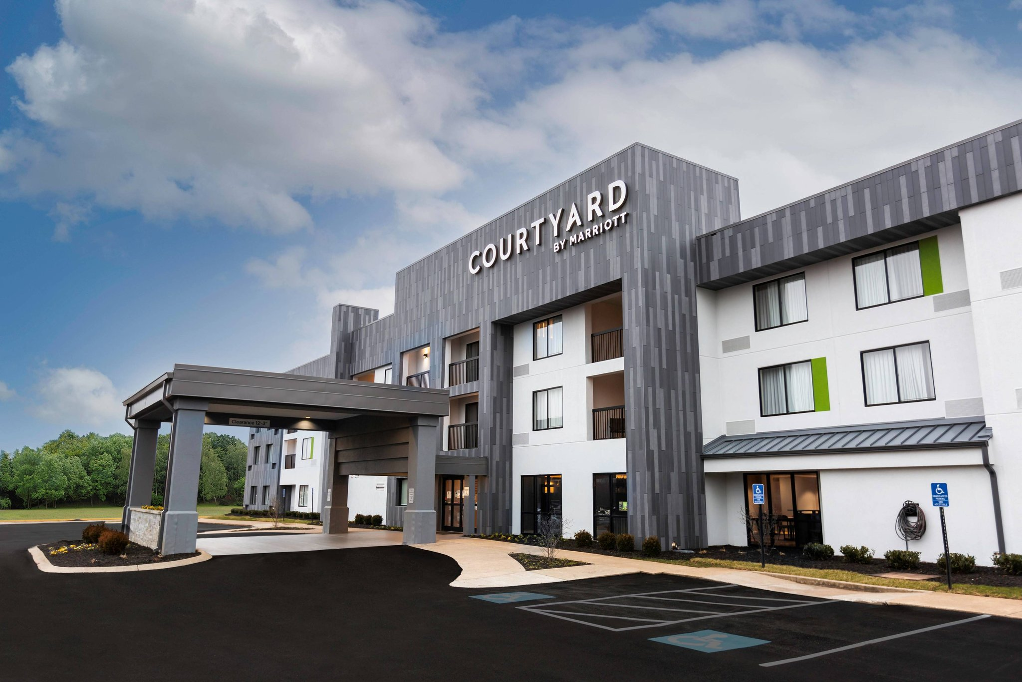 Courtyard by Marriott Bowling Green Convention Center